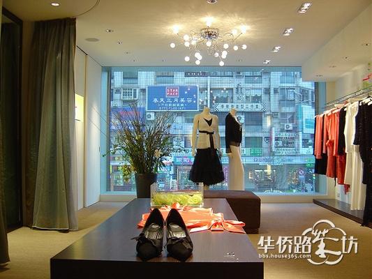 【服装店设计】留白是一种美 欧美服装店图片