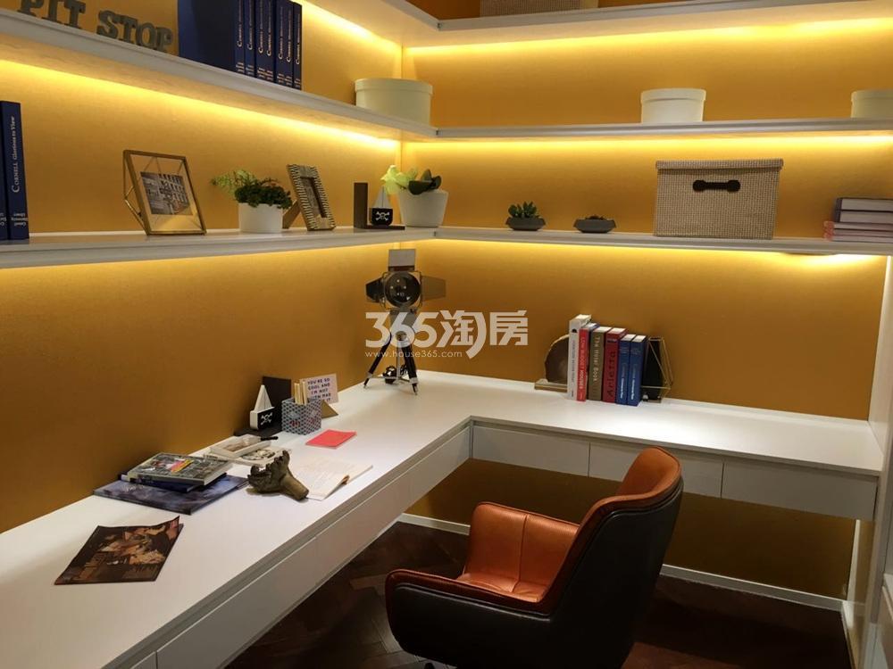 银亿东城144㎡联排别墅样板间书房