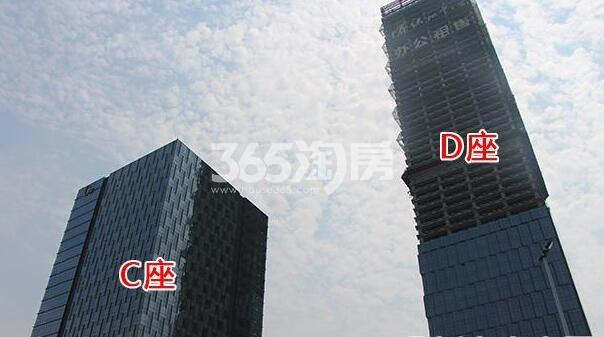 绿地中心现场C座、D座实景(2017.7)
