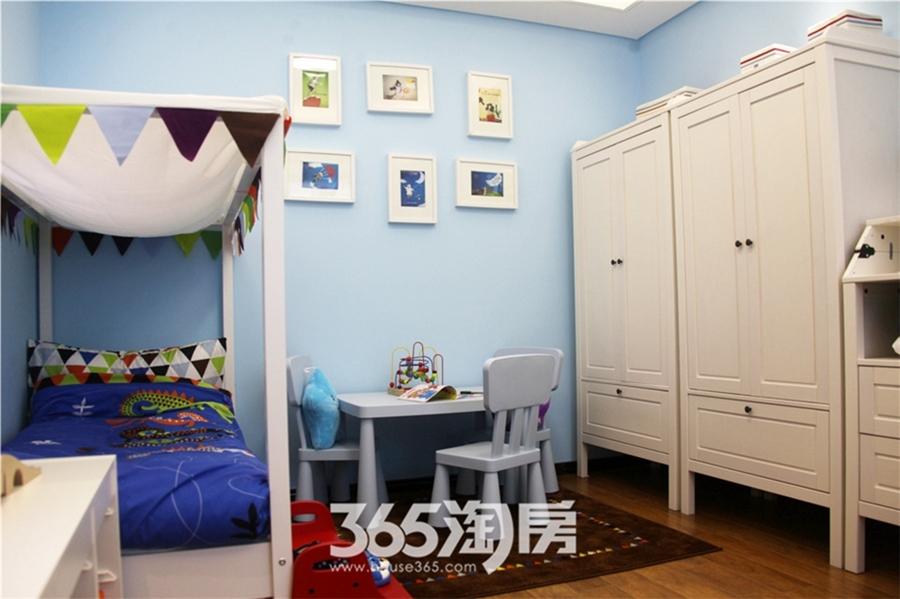新华联梦想城89平样板间—卧室