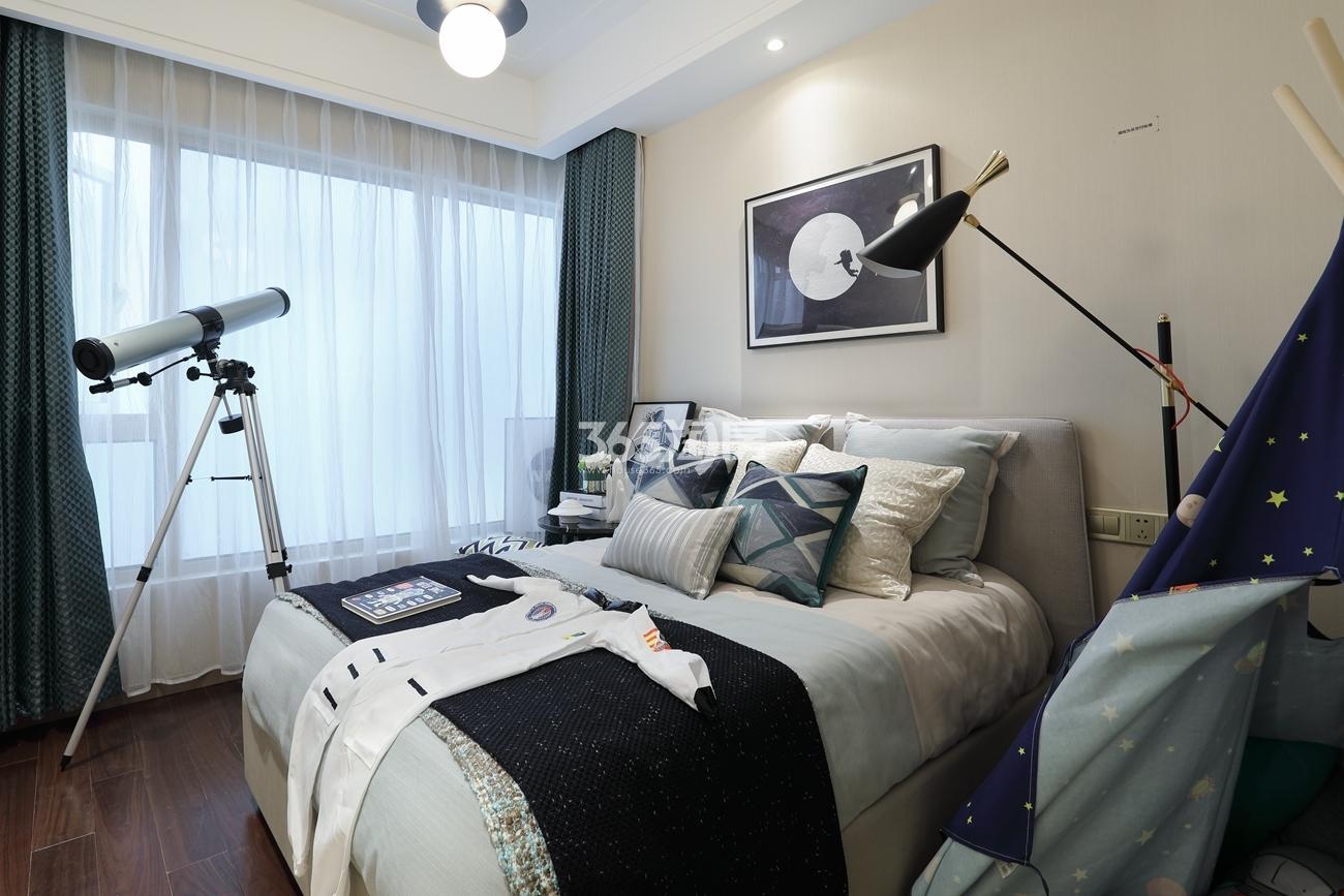 融信保利创世纪129方样板房——卧室
