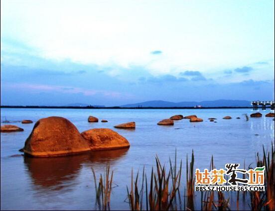 建设项目全部满足绿色星级标准;东太湖生态园,启动区景观,翡翠岛等